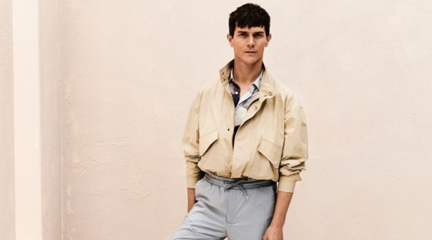 A smart vision, Vincent Lacrocq inspires in a summer look from Reserved.