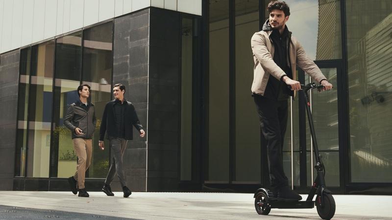 On the move, Emilio Flores, Clement Deheunynck, and Alessio Petrazzuoli  model Boggi Milano.