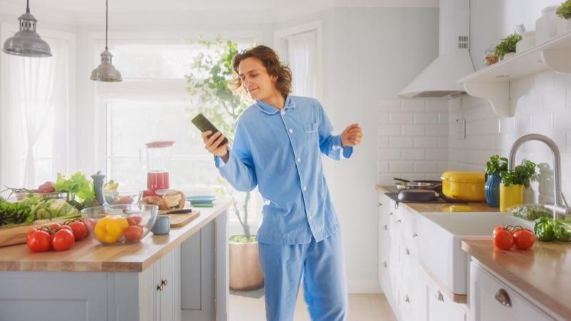 Happy Man Blue Pajama Set Kitchen