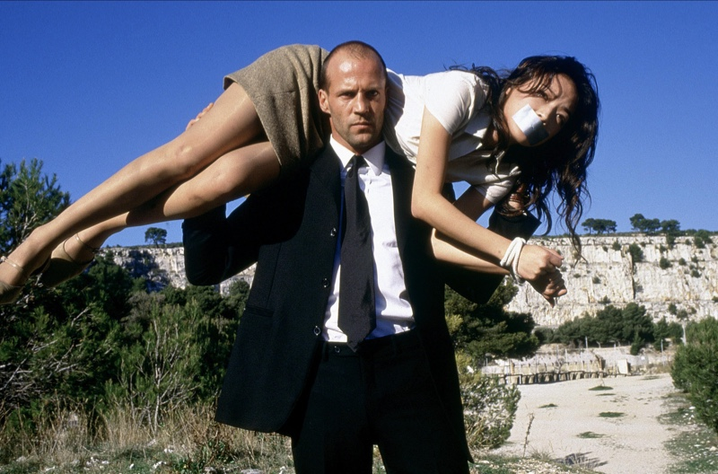 The modern action star, Jason Statham undoubtedly impressed as Frank Martin in 2002's The Transformer. The film project was successful to the tune of two follow-up movies and the the sharp suit dressing didn't hurt either!