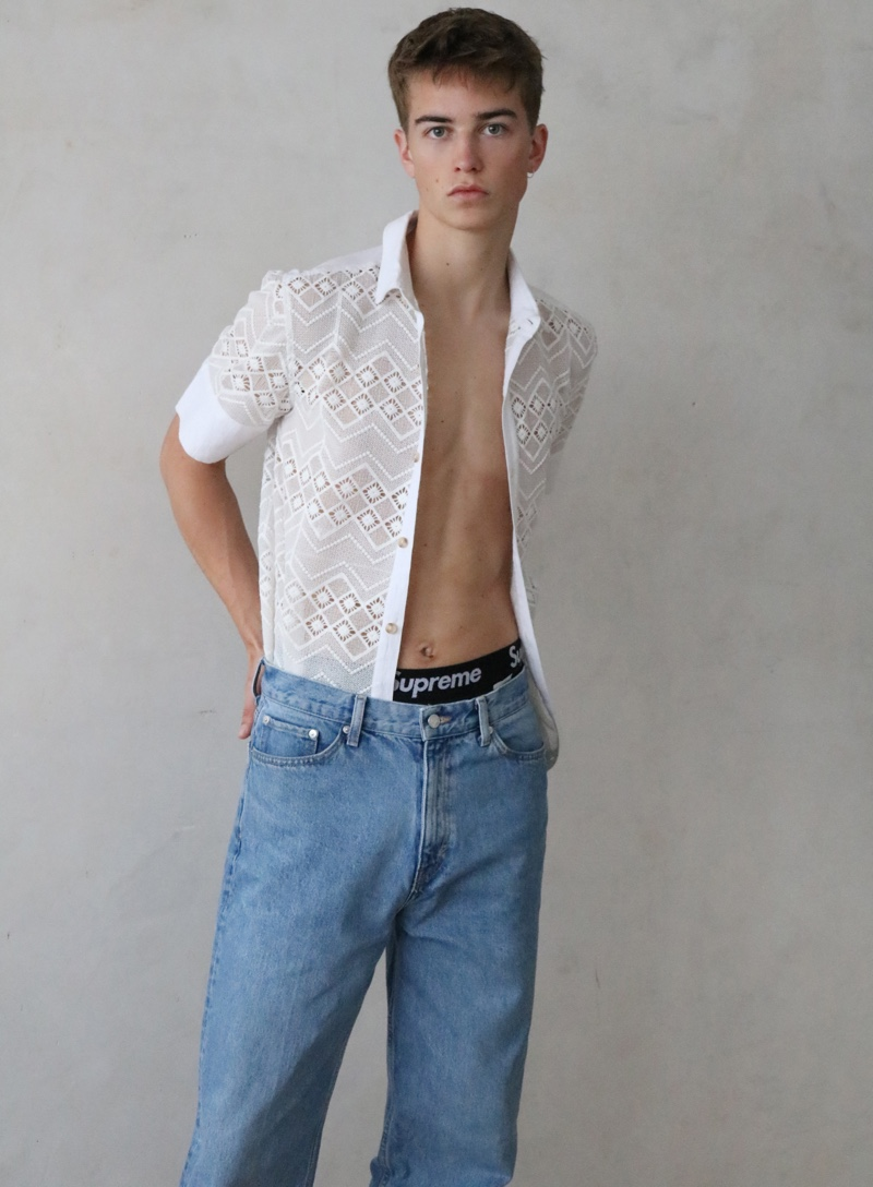 Ben wears shirt ASOS and jeans Stan Ray.