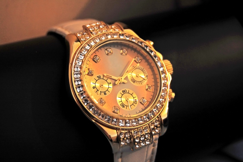 Mens Gold Watch Diamonds