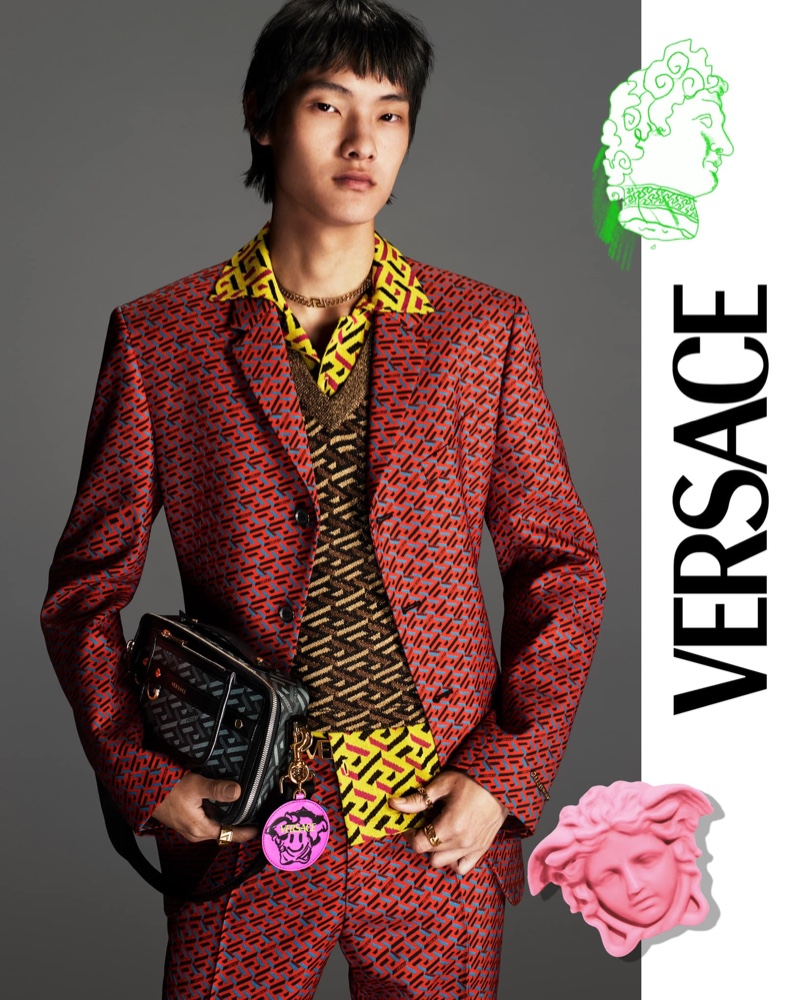 Daein Moon dons a statement suit for Versace's fall 2021 men's campaign.
