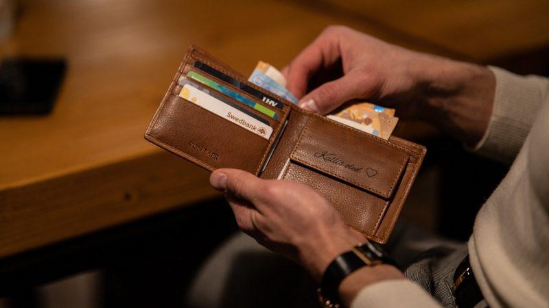 Von Baer Brown Leather Wallet