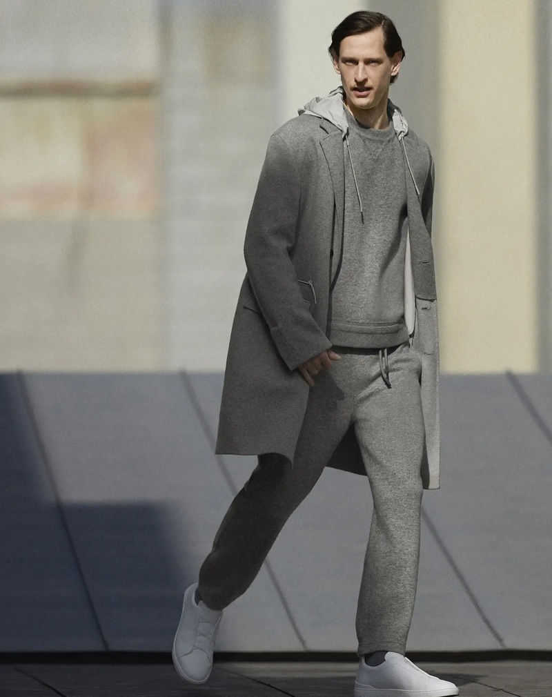 Wearing a casual look from Zegna Made to Measure, Rogier Bosschaart showcases casual essentials like the brand's joggers.