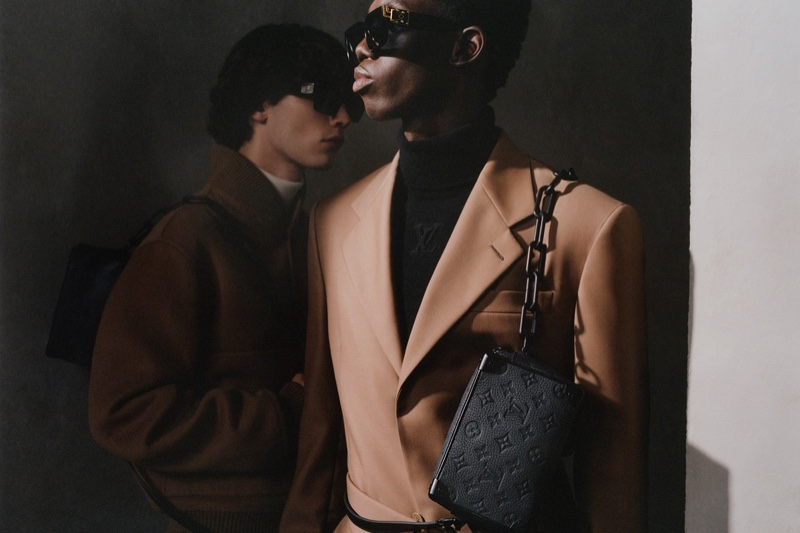 Ottawa Kwami dons Louis Vuitton's Soft Trunk bag with its Taurillon monogram.