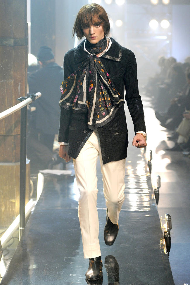 John Galliano Fall 2011 | Paris Fashion Week